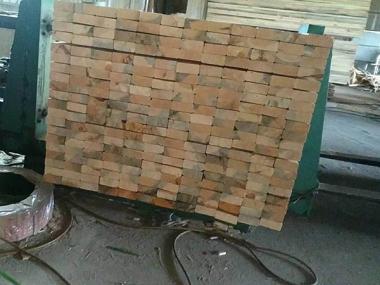 建筑方木生产